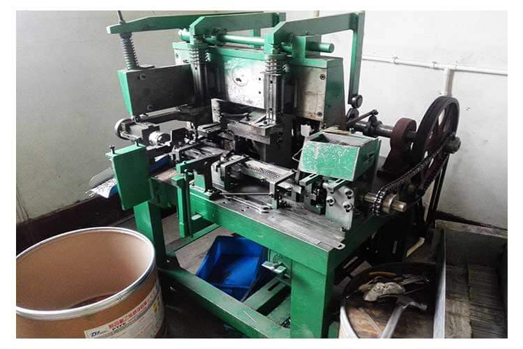 automatic forming machine
