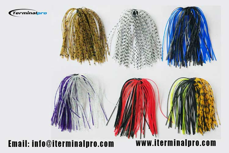 spinner-bait-and-jig-head-rubber-silicone-skirts